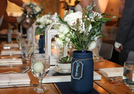 wedding table centerpiece with florals and flowers