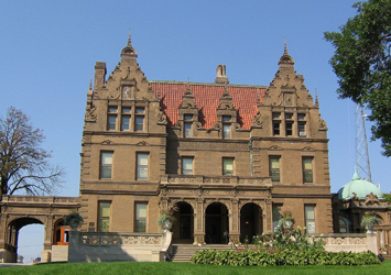 Outside view of the Pabst Mansion
