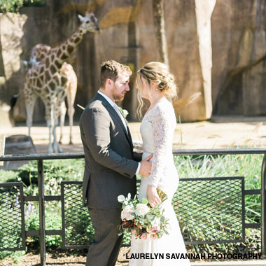 Bride and groom at Milwaukee County Zoo