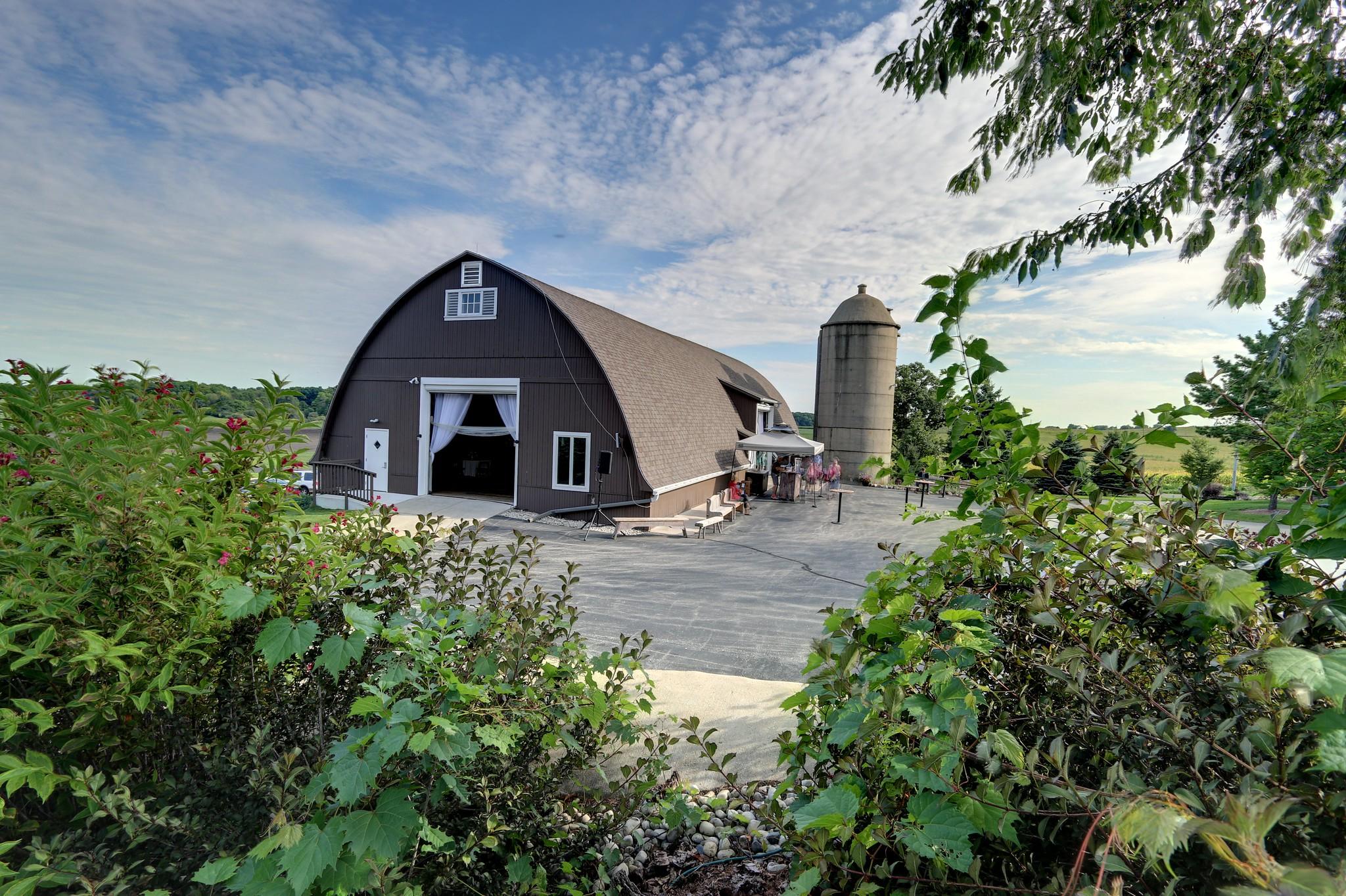 The Barn at Trinity Park Wedding
