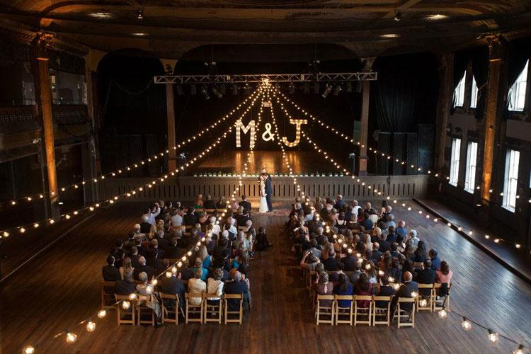 11 Creative Ways to Customize Your Milwaukee Wedding
